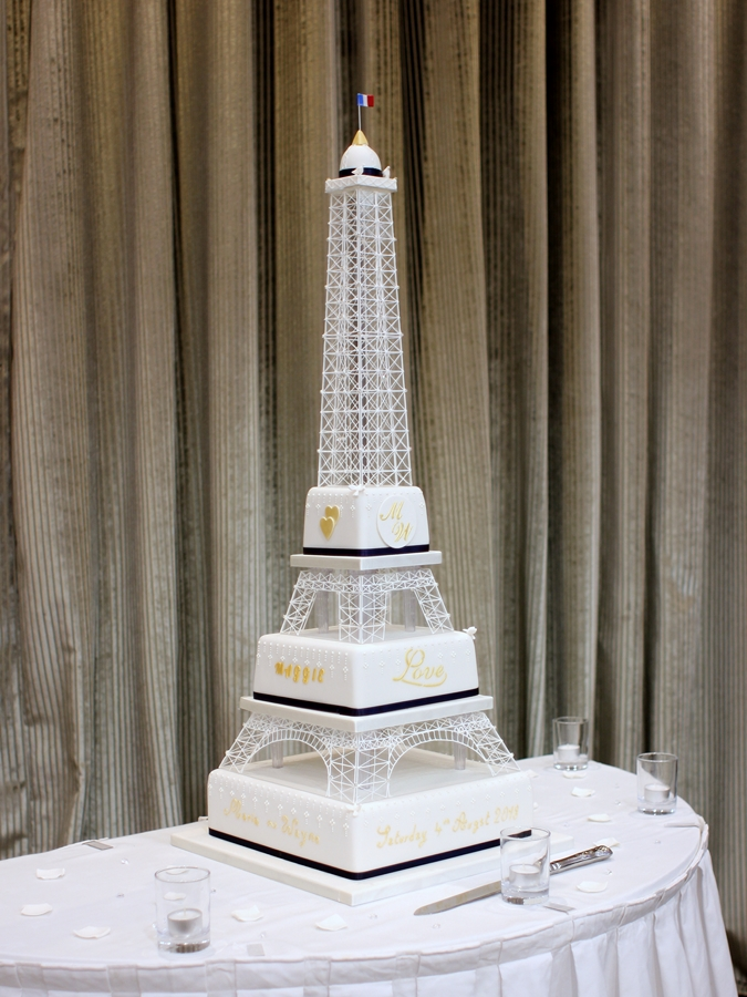 Eiffel Tower Navy and Gold – French Wedding Cakes