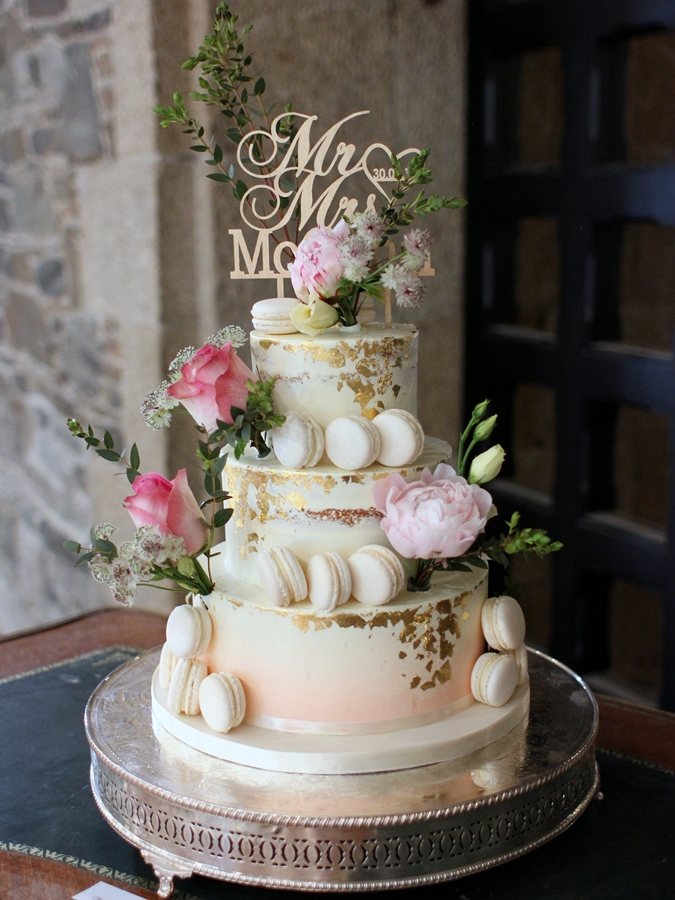 Semi Naked Cake With Macaron And Gold Leaves French Wedding Cakes